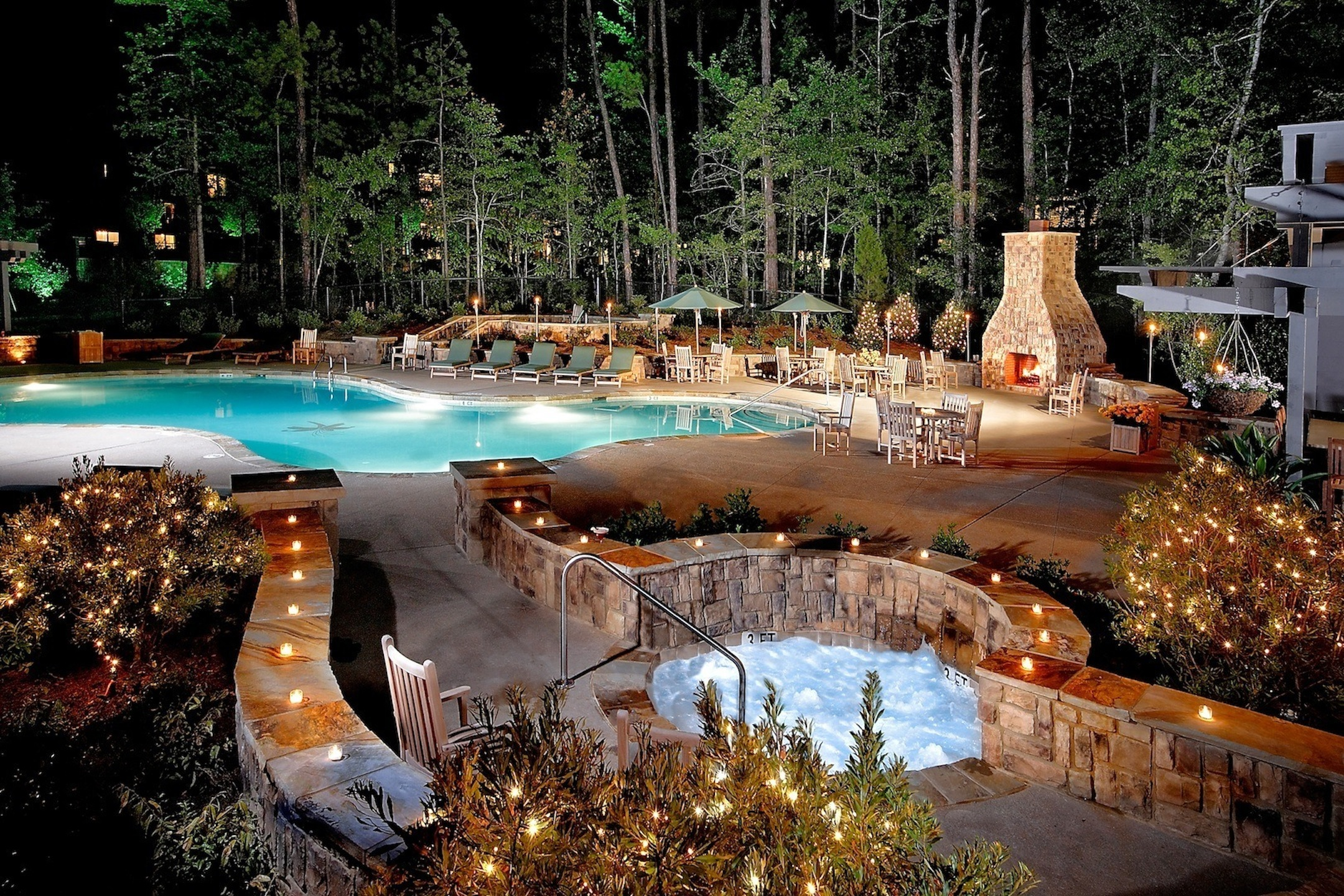 weekend getaway the lodge and spa at callaway gardens travelgirlmag. Black Bedroom Furniture Sets. Home Design Ideas